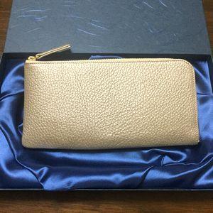 財布屋のゴールドの財布